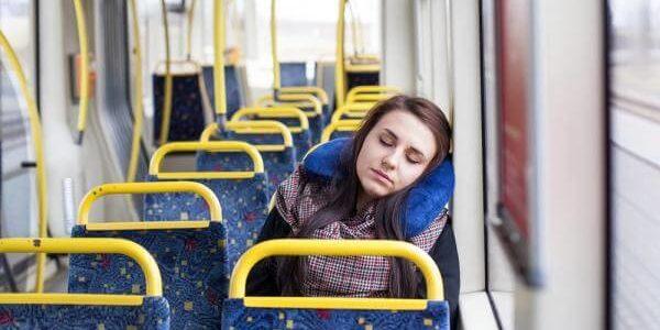 Czy sen w transporcie publicznym jest możliwy?